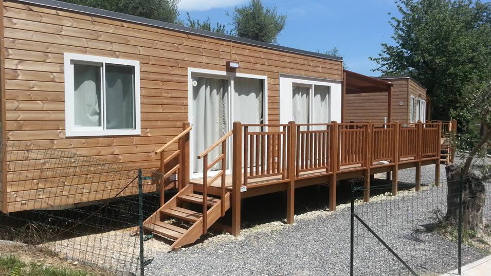 Campeggi pietra ligure camping finale ligure con bungalow - Mobili finale ligure ...